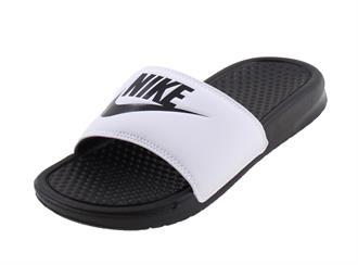 premium selection 4c89e a5cb2 Nike Benassi Badslipper