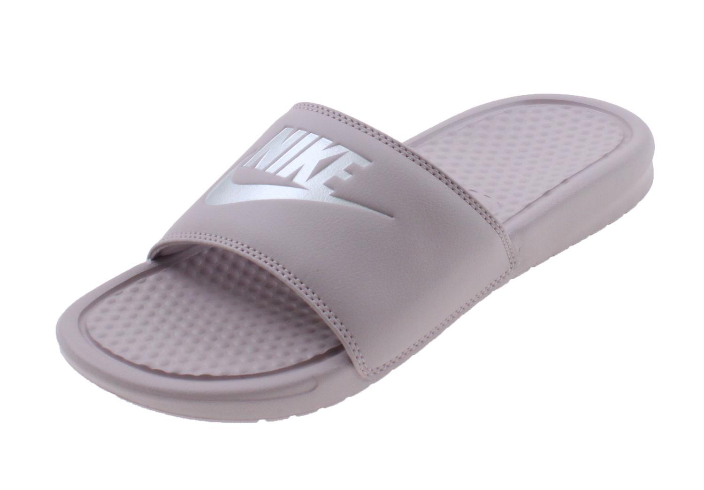 42fbda959e6 Nike Benassi Badslippers ROZE online kopen bij Sportpaleis.