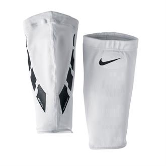 Nike Guard Lock Elite Sleeve