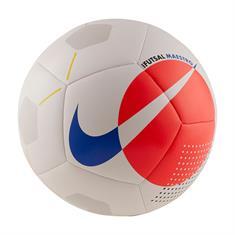 Nike MAESTRO SOCCER BALL