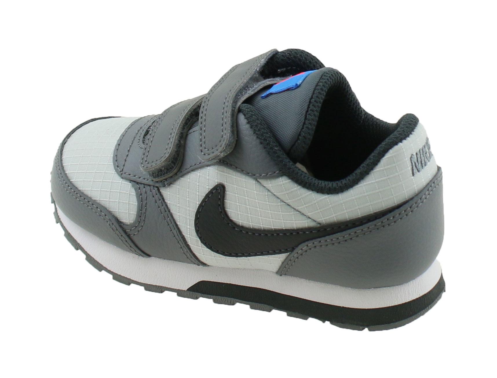 super popular d7c04 f4c30 Nike MD Runner 2 (TD) Peuter. 806255 015 Pure Platinum Anthracite. Product  afbeelding Product afbeelding Product afbeelding Product afbeelding