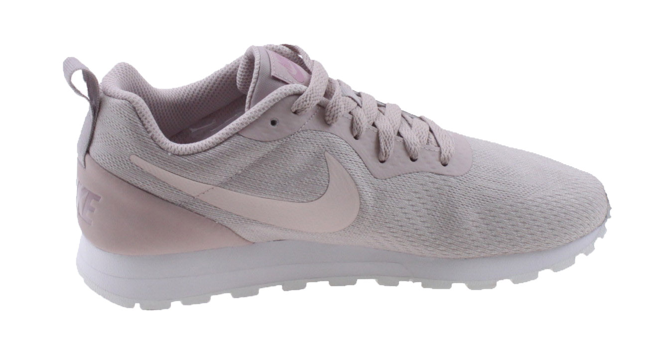 83c3eab276229 Nike MD Runner 2 Eng Mesh. 916797 601 Particle Rose Barely Rose. Product  afbeelding Product afbeelding ...