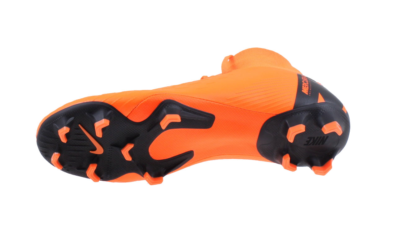 Nike MERCURIAL SUPERFLY VI PRO FG. AH7368 810 Total Orange Black. Product  afbeelding Product afbeelding Product afbeelding Product afbeelding